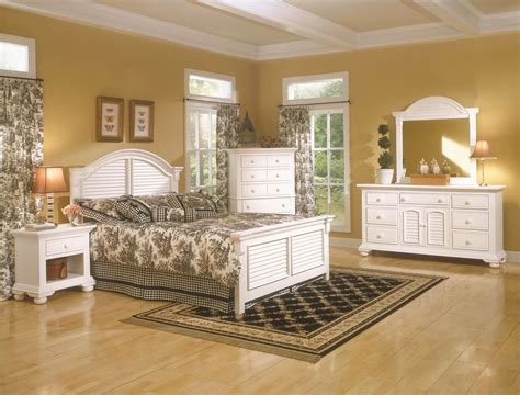 distressed white bedroom furniture distressed cottage