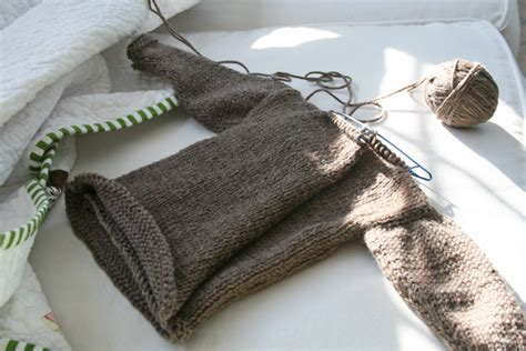 sewing a knitted sweater together fitf something knit something sewn from a knit in