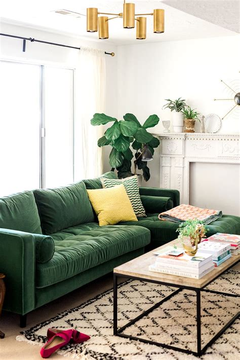 green sofas living rooms best 25 green sofa ideas on