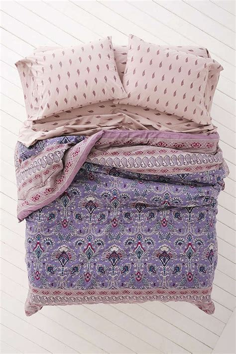 bow comforter set 1000 ideas about bed in a bag on comforter
