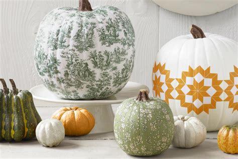 decoupage pumpkins how to decoupage a pumpkin decorating ideas