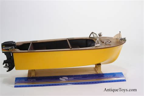 Battery Powered Toy Boat by Fleet Line Battery Op 50 S Boat Usa Antique Toys For Sale