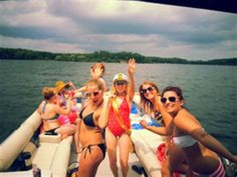 Party Boat Rental On Lake Minnetonka by 1000 Images About Danielle S Bachelorette Party On