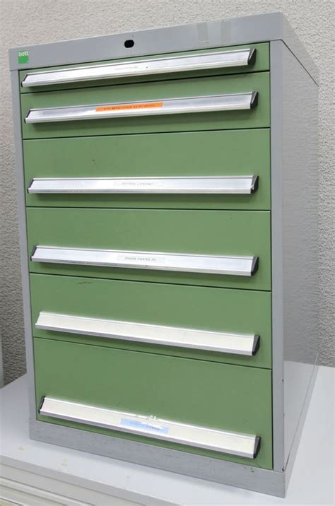 meuble ou caisson metallique a 6 tiroirs a pieces et