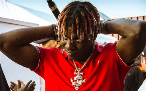 Lil Yachty Lil Boat 2 Apple Music by Qc Ceo Compares Lil Yachty S Teenage Emotions Switch Up