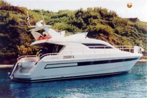 Sneek Boten Te Koop by Mochi 43 Motorboot Te Koop Jachtmakelaar De Valk