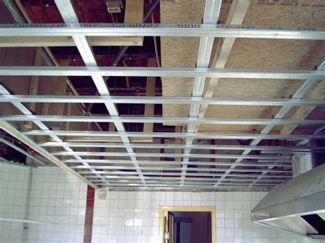 pin gyproc metal stud vrijdragende plafonds on