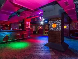 Bar Mit Tanzfläche Berlin : club f r geburtstage jga direkt an der spree junggesellenabschied ~ Markanthonyermac.com Haus und Dekorationen