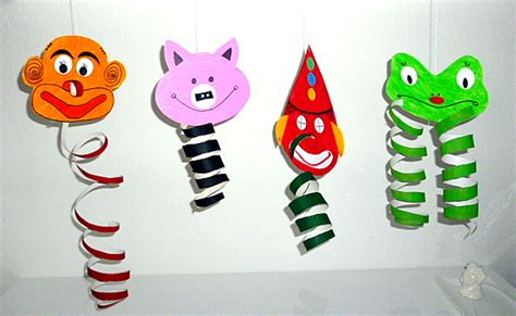 Faschingsfiguren Aus Pappe Und Papierrollen