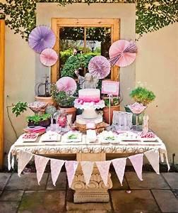 Deko Ideen Kindergeburtstag : kindergeburtstag buffet organisieren pom pom lila deko girlande wimpelketten pinterest ~ Whattoseeinmadrid.com Haus und Dekorationen
