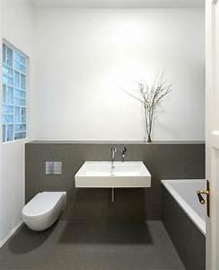 Badezimmer Fliesen Ideen Grau : pin von uli ni auf badezimmer pinterest badezimmer bad und baden ~ Markanthonyermac.com Haus und Dekorationen
