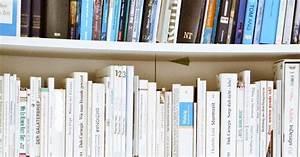 Bücher Nach Farben Sortieren : b cher nach farben sortieren queen home ~ Markanthonyermac.com Haus und Dekorationen