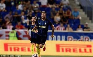 Inter Milan defender Davide Santon flies into London for ...