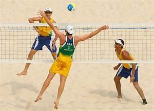 Emanuel Rego in Olympics Day 12 - Beach Volleyball - Zimbio