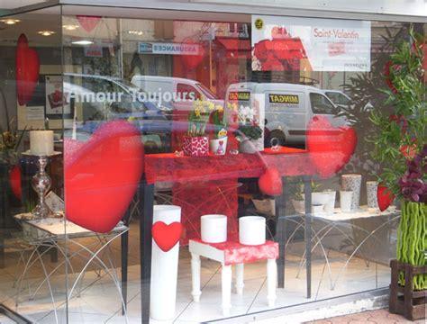 decoration vitrine valentin