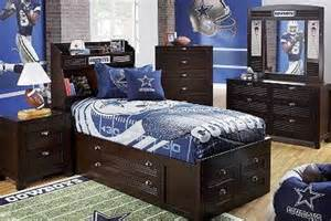 Decorating Ideas Dallas Cowboys Bedroom by How To Design A Bedroom
