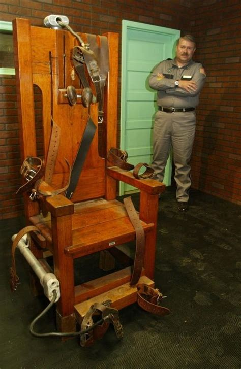 ted bundy electric chair photos