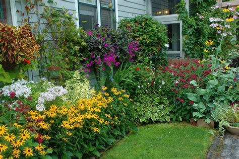 Cottage Garden Ideas  If You Like Flowers Cottage