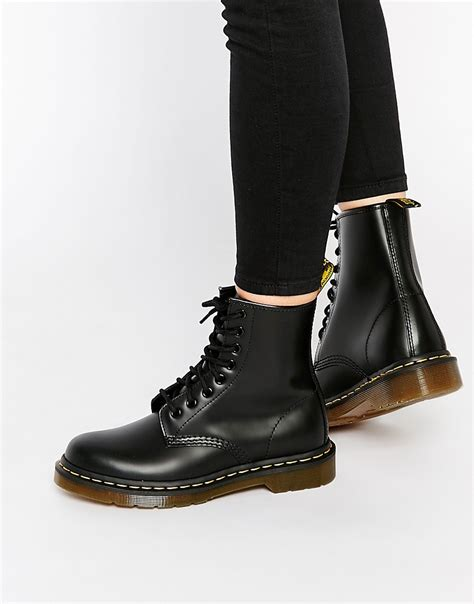 dr martens dr martens modern classics smooth 1460 8 eye boots at asos