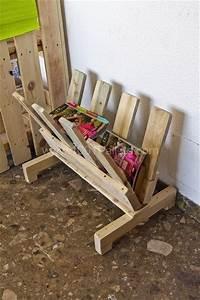 Zeitungsständer Selber Bauen : amazing uses for old pallets 18 pics zeitungsst nder selber bauen und palettenm bel ~ Markanthonyermac.com Haus und Dekorationen
