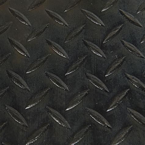 tapis de caoutchouc en rouleaux 224 motif en losange vendu au pied princess auto