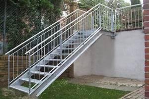 Stahl Holz Treppe : treppen gawron co ~ Markanthonyermac.com Haus und Dekorationen