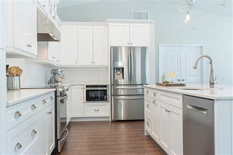 White Kitchen Cabinets Dark Wood Floors Deer Kitchen Decor Appliances San Jose Chili Pepper Rug Reproduction Sinks Ilands Soup Volunteer Thanksgiving Spices That Get You High Kitchens With Red Walls