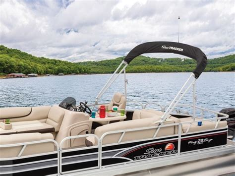Party Barge Boats For Sale In Louisiana by New 2015 Sun Tracker Party Barge 22 Dlx Pontoon Boat In