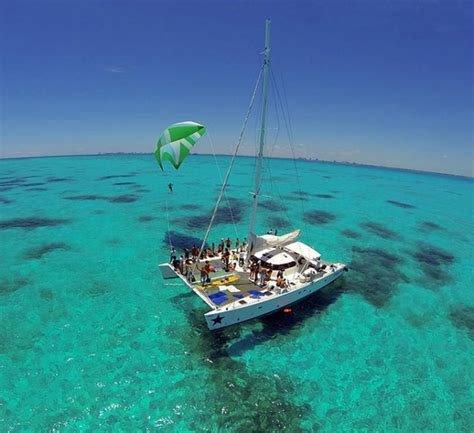 Isla Mujeres Catamaran Sailing Tour by Isla Mujeres Catamaran Tour From Playa Del Carmen