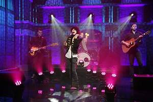 "LP Performs ""Lost On You"" On ""Late Night With Seth Meyers ..."