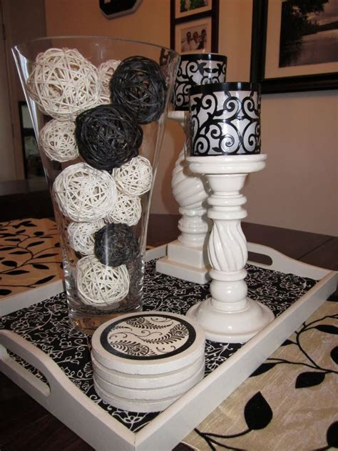 1000 ideas about kitchen table centerpieces on