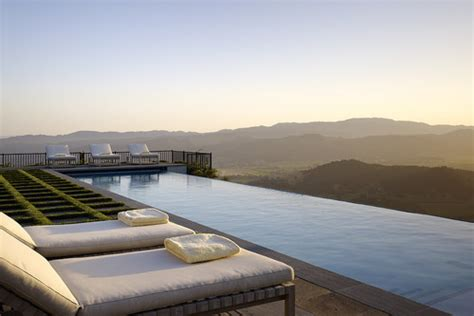 Infinity Pool : 10 Infinity Pools That Will Make You Want To Swim