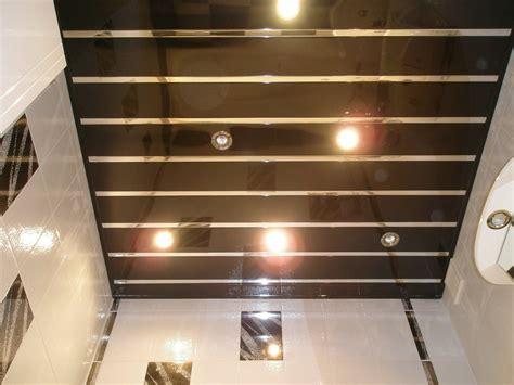 exceptionnel comment peindre un plafond abime 14 lambris pvc plafond accessoires spot