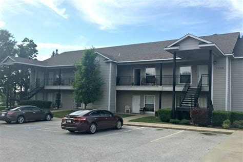 candlelight place apartments rentals fayetteville ar