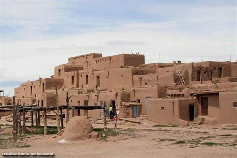 pueblo they are common to the southwest desert the earth the pueblo indians
