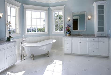 34 Luxury White Master Bathroom Ideas (pictures