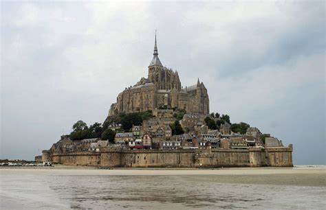 guide to the island and of mont st michel