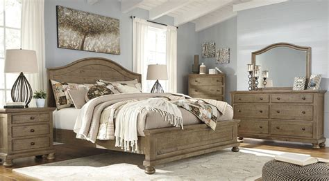 Trishley Light Brown Panel Bedroom Set, B-, Ashley