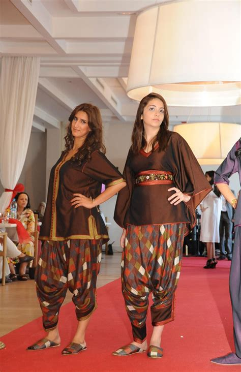 pin caftan takchita 2012 2013 moroccan clothes modern pelauts on