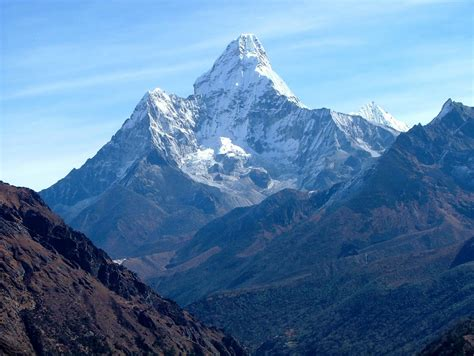 73 year reached mount everest peak current news