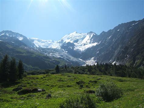 le tour du mont blanc photo stock libre domain pictures