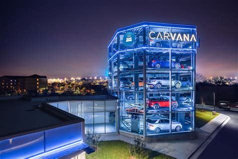 Hate Car Dealerships? Try Carvana's 8story Tall Car