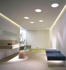 Indirekte Beleuchtung Decke : abgeh ngte decke mit indirekter beleuchtung als dekoration ~ Markanthonyermac.com Haus und Dekorationen