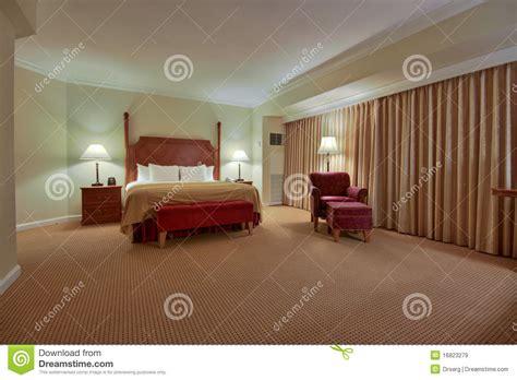 chambre 224 coucher avec le rideau images libres de droits