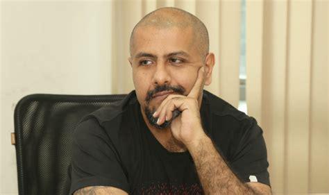Vishal Dadlani Faces Backlash Over Jain Monk Tweet, Quits Aap