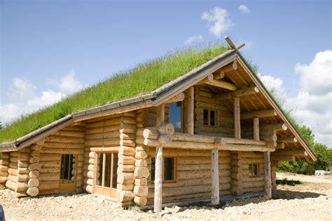 maison construction en bois homeandgarden