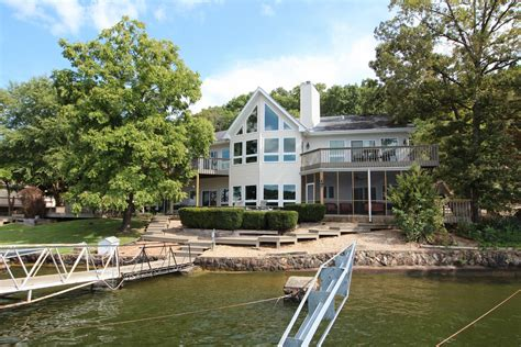 Lake Of Ozarks Boat Rental Close To Party Cove by Deck Boat Rentals Lake Of The Ozarks Titan Houseboat Tour
