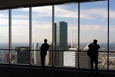 tower s 60th floor sky lobby closes to houston chronicle