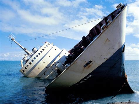 Pictures Of Sinking Boats by Quotes About Ships Sinking Quotesgram
