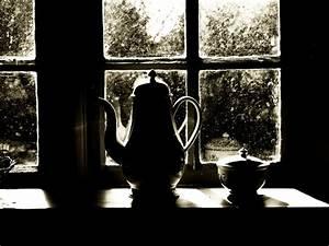 Nasse Fenster über Nacht : am fenster bei nacht foto bild stillleben motive bilder auf fotocommunity ~ Markanthonyermac.com Haus und Dekorationen